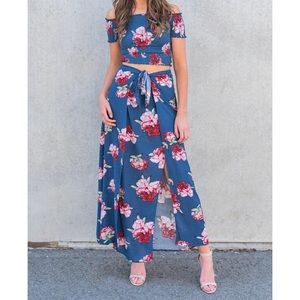 Two piece floral set - maxi skirt with crop top